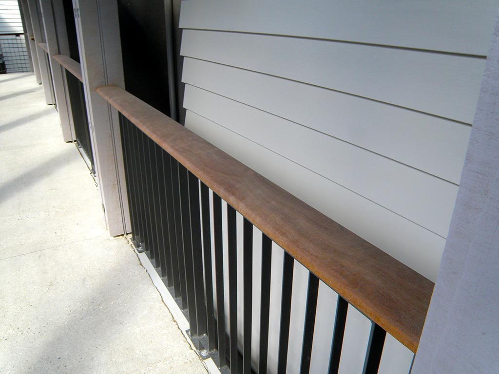 The rees timber handrail